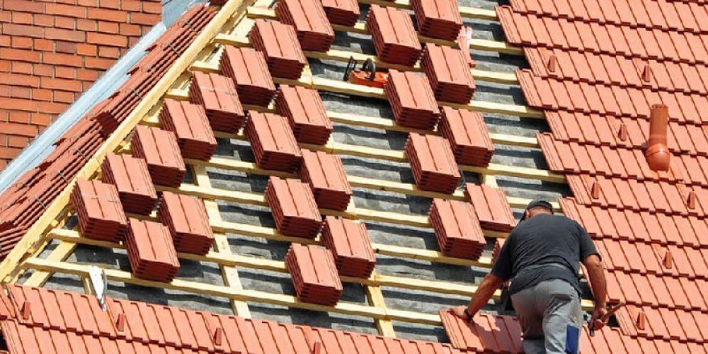 Travaux de toitures : engager un couvreur dans le 92