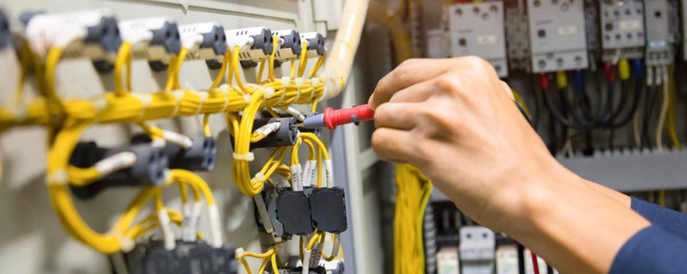 Trouver un spécialiste de dépannage d'électricité à domicile