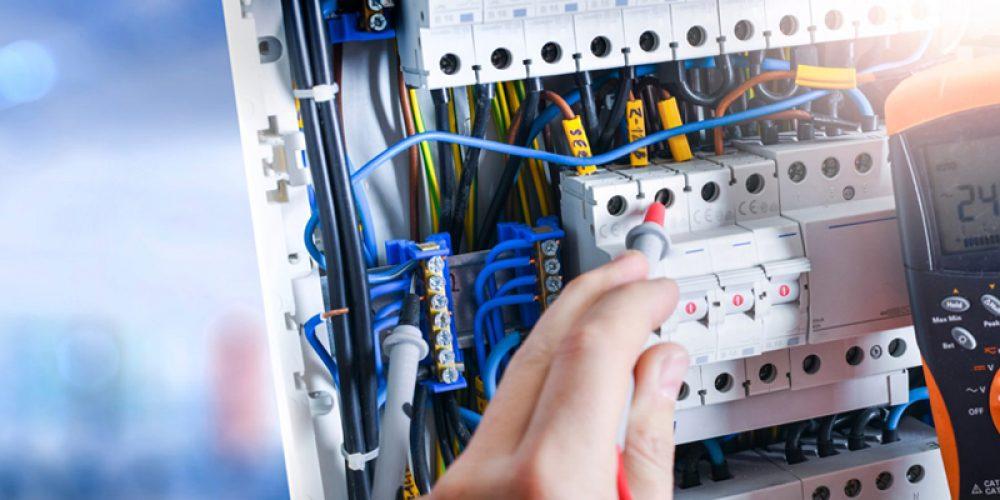 Trouver une entreprise d'électricité générale à Carros