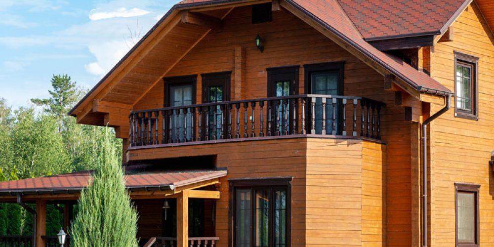 Vers qui se tourner pour fabriquer une maison en bois ?